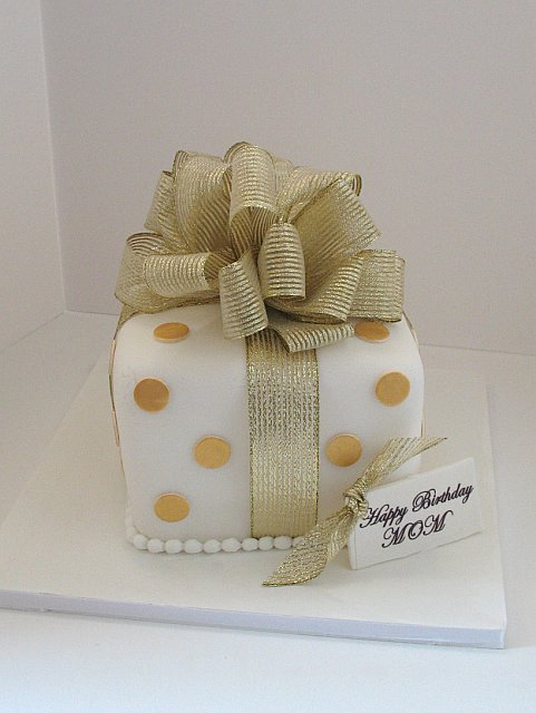 Ill bring dessert gift box cakes negle Images